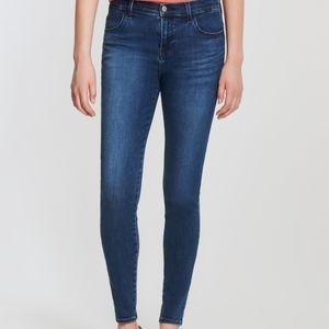 🌼 NWT J Brand Sophia mid-rise super skinny jeans